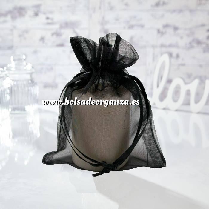 Imagen Tamaño 13.5x19 cms. Bolsa de organza Negra 13.5x19 capacidad 13x17 cms.